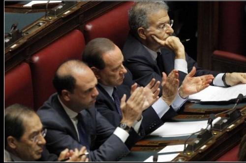 Monti, Berlusconi, Bersani,Lega, idv, manovra, spread,crisi, default