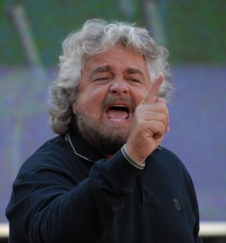 Beppe Grillo, movimento 5 stelle,bersani,ilva, taranto, riva, clini, passera